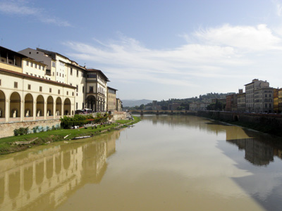 Dreamy view from the beginning of the Ponte Vecchio